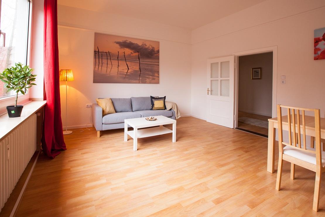 wohnen und leben in ganz deutschland grand city property. Black Bedroom Furniture Sets. Home Design Ideas