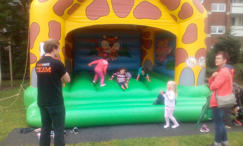 Mieter feiern Sommerfest in Bremerhaven   Grand City Property – GCP ...