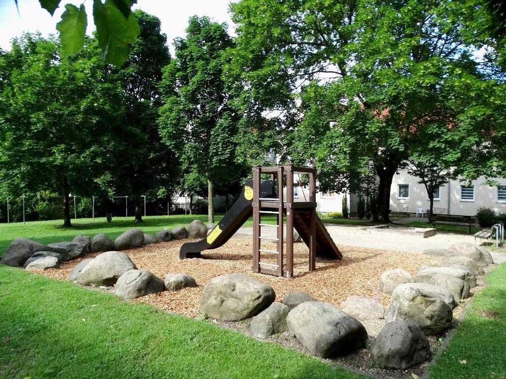 Spielplatzbau In Gelsenkirchen Abgeschlossen Grand City